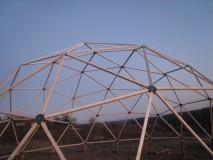 KUPOLA  drvene konstrukcije Model GEO NET 12D- postavljena u  Blatuši 27.11.2008.
