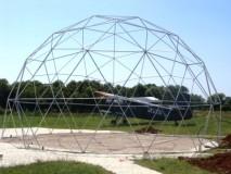 GEODETSKA KUPOLA -model GEO-NET 12M konstrukcija,aerodrom Vrsar ,postavljena za potrebe obuke padobranaca i pilota
